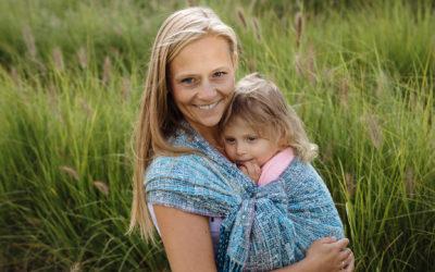 Noszenie dzieci w chuście – podstawowe informacje